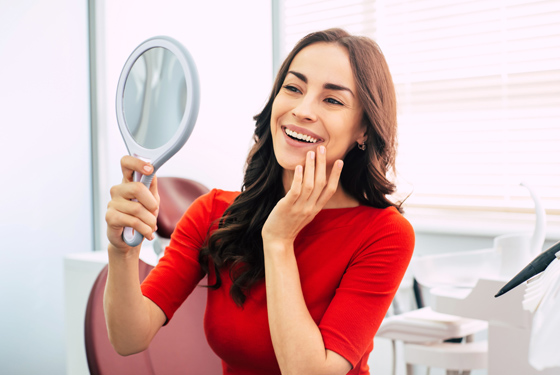 What Makes Someone A Candidate For A Smile Makeover